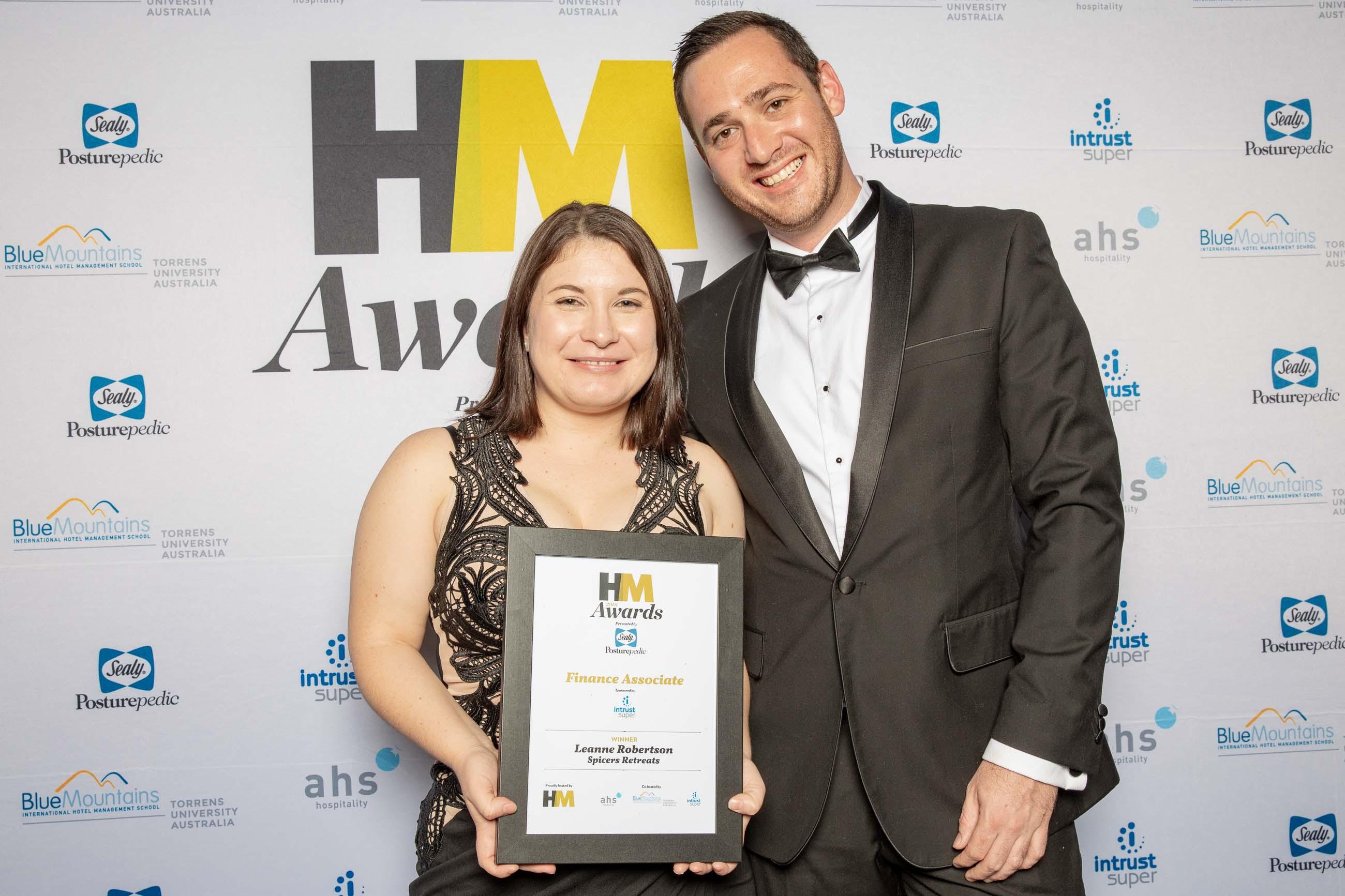 72ppi-HMawards-2018-official-award-wall-212212