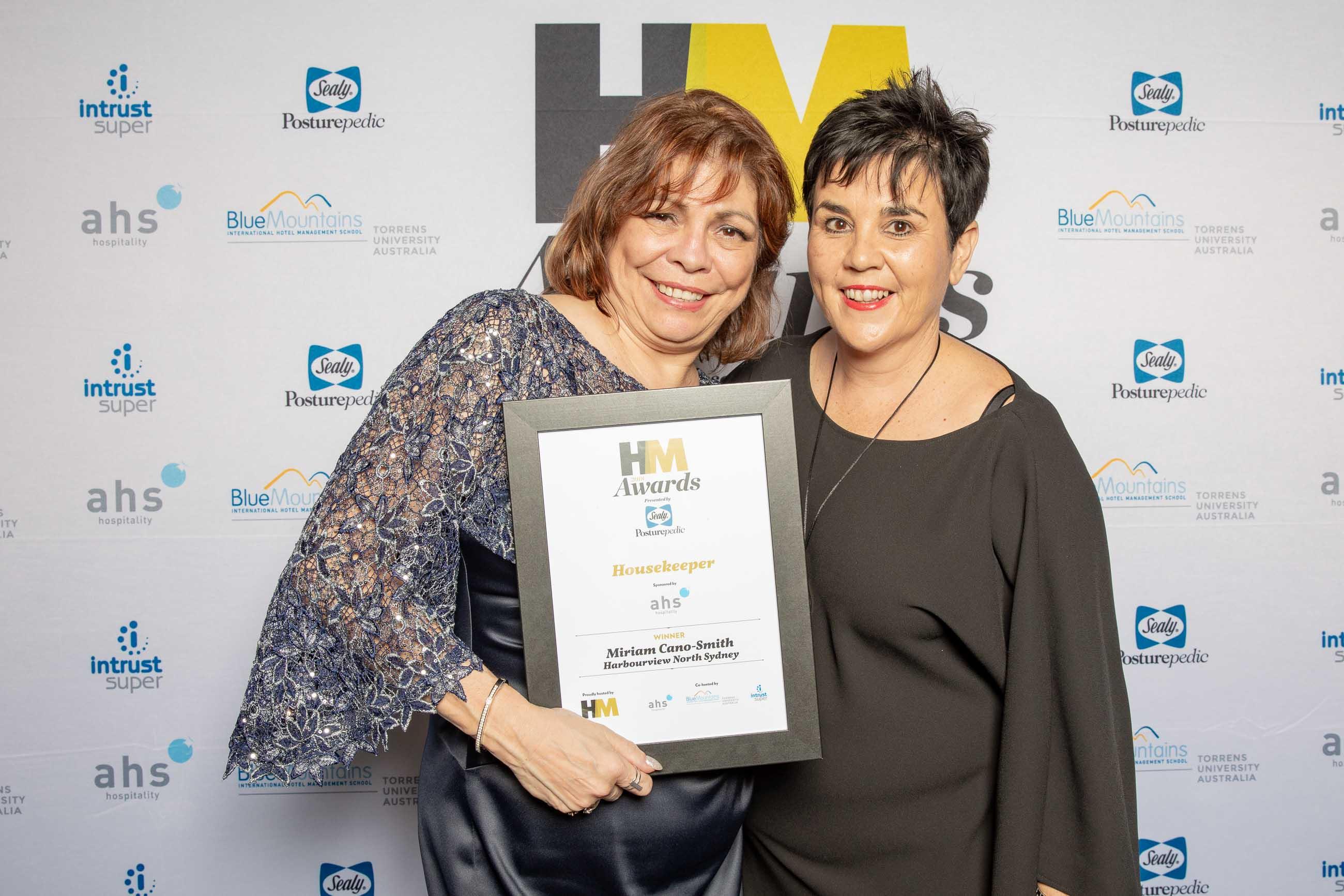72ppi-HMawards-2018-official-award-wall-222222