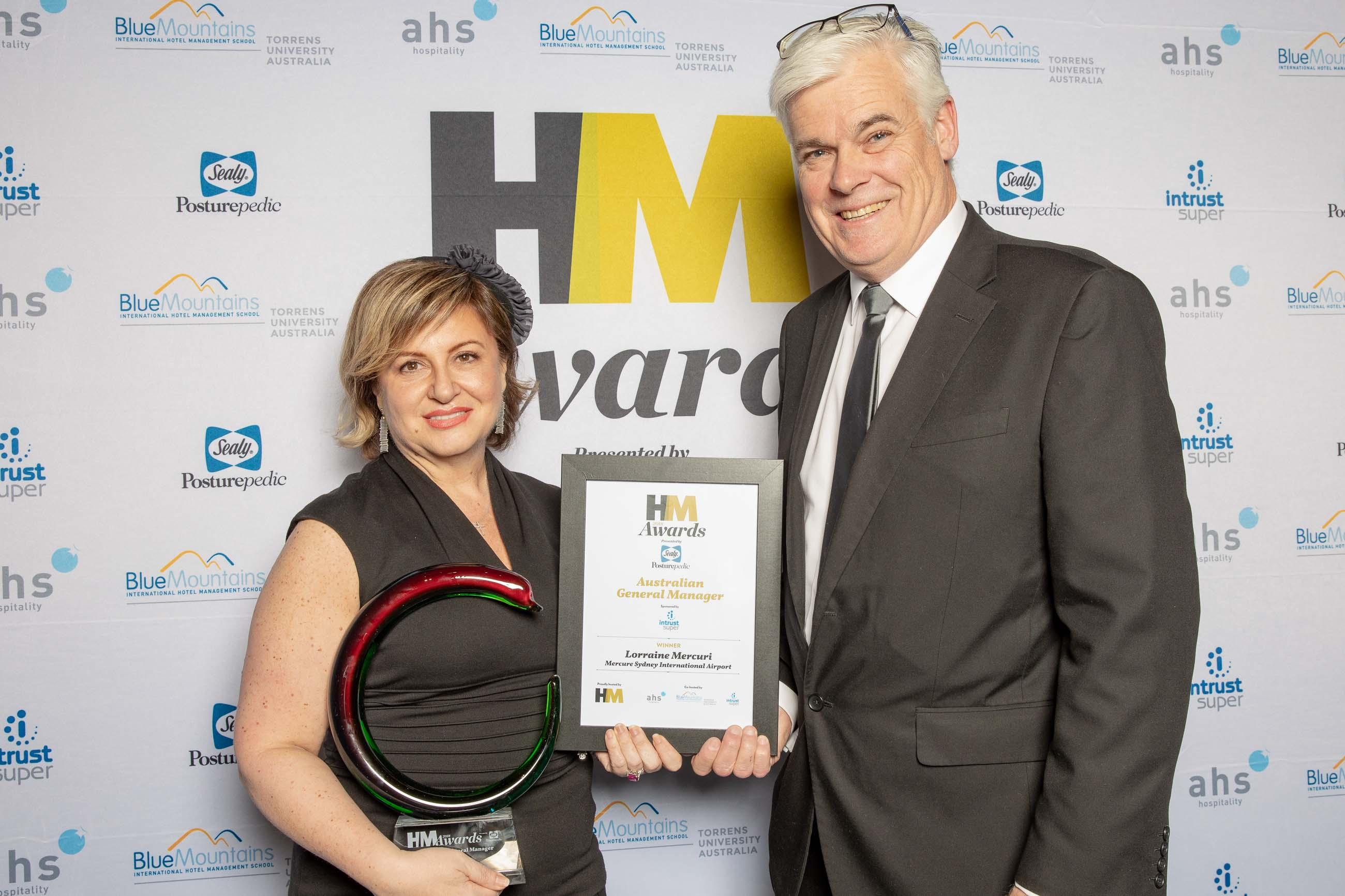 72ppi-HMawards-2018-official-award-wall-248248